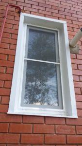 пластиковое окно в помещение котельной